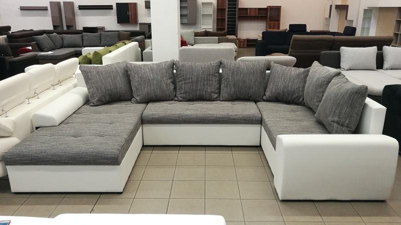 Jobbos- balos állásúra is szerelhető kanapé
