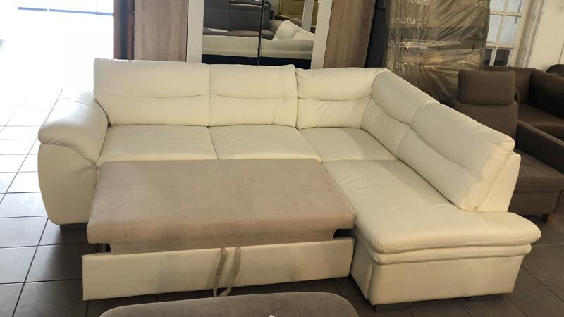 Leandra kanapé franciaággyá nyitható
