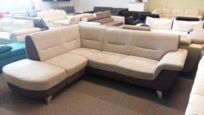 Kényelmes fix kanapé, natúr színekben
