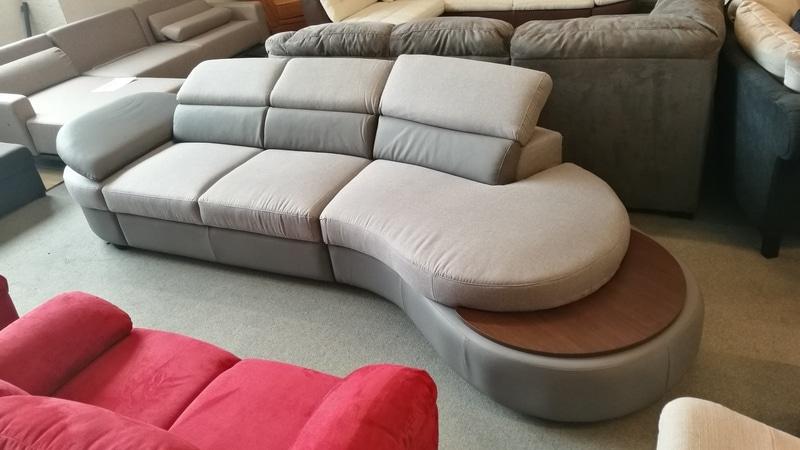Állítható fej és kartámaszos design kanapé