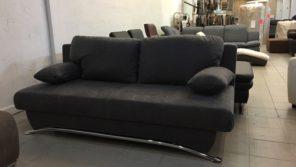 Kansas kanapé szürke színben, modern króm lábakon