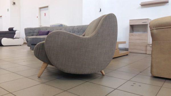 Izgalmas forma jellemzi a WIMBLEDON széket
